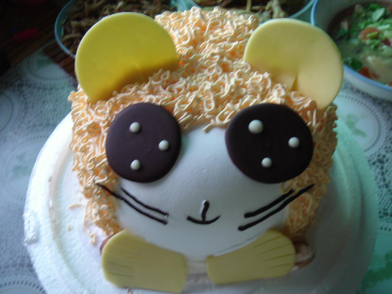 超可爱的一周岁生日蛋糕!
