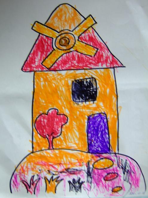 一起用树叶制作了树叶贴画,这也是幼儿园的作业哦!