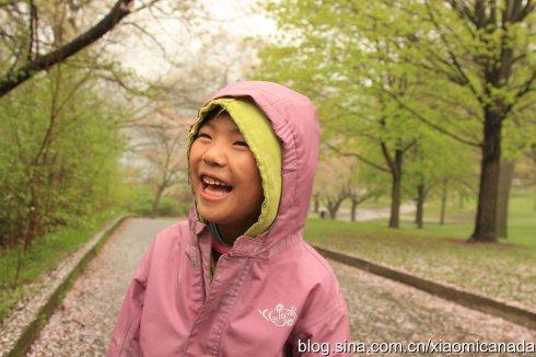 2011-05-12<wbr>雨天逛公园