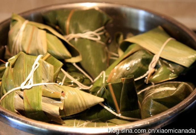 2012-06-21<wbr>包粽子