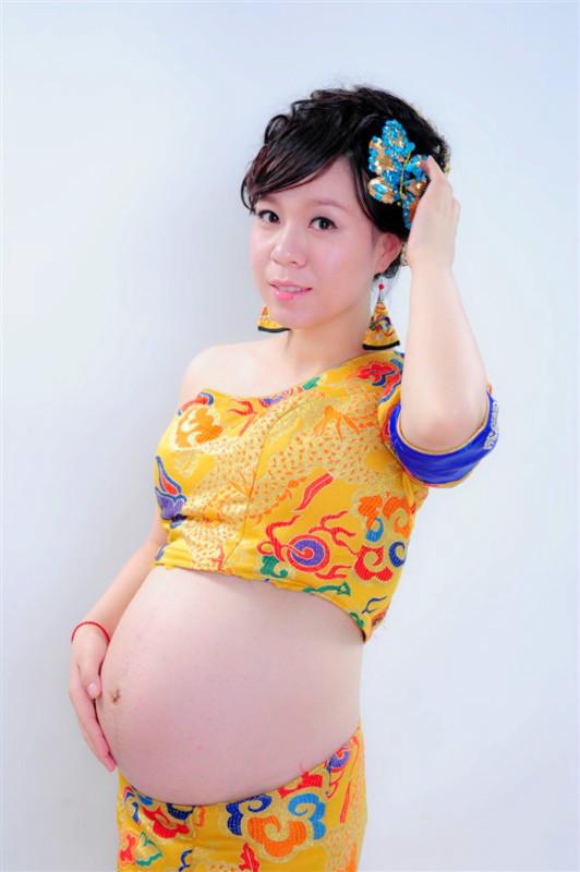 共赏My中国风孕照。