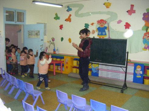 和儿子一起上幼儿园——秀秀我们的幼儿园半天开放日