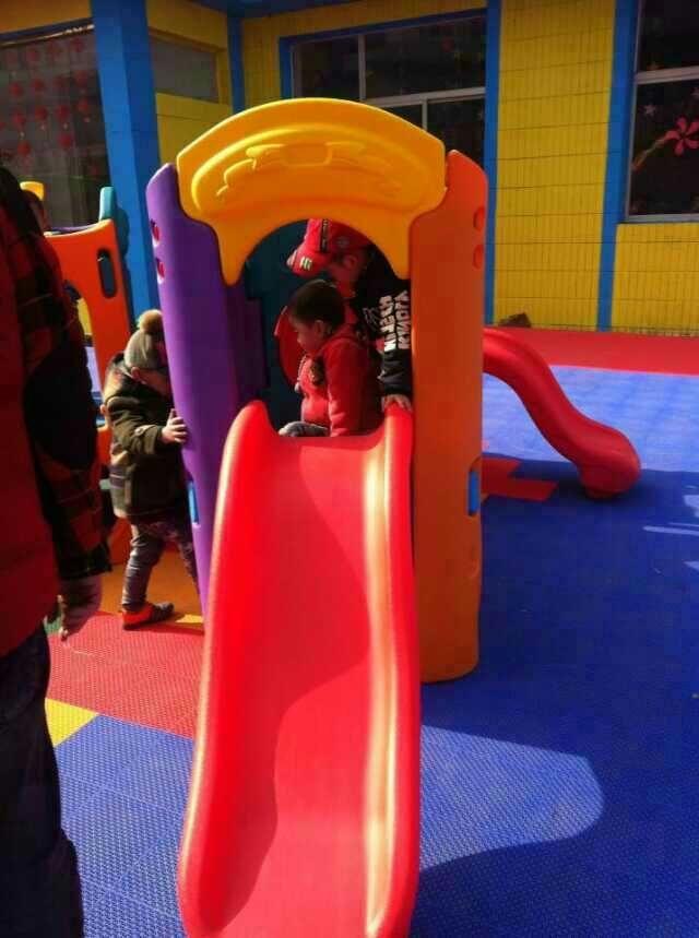幼儿园场地设计与安装效果